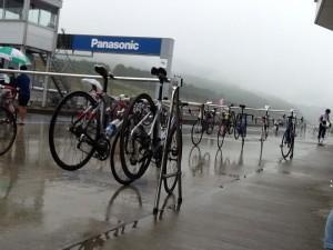 雨の富士スピードウェイ