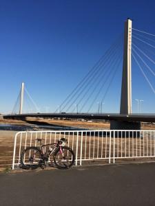 高尾から多摩川まで行けます。
