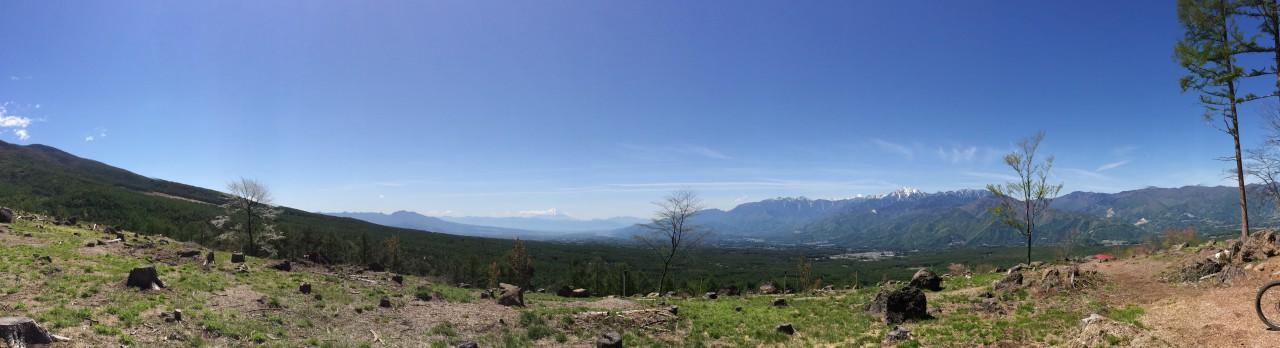 富士山と南アルプス(かな?)を4回も拝めるっていうご褒美もあるんですけどね