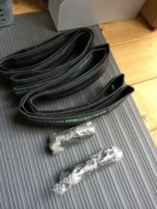 ヒルクライムレース専用のチューブとタイヤ