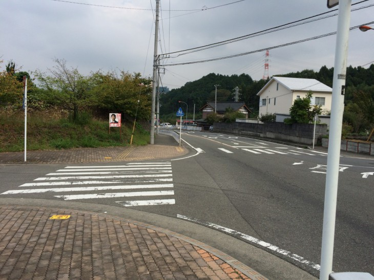 BRM927西東京200km柳沢峠のゴール地点となったサークルKサンクスが右奥に見える。この地点に問題の箇所が。