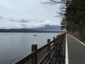 ママの森の登りを回避できる湖畔ルート