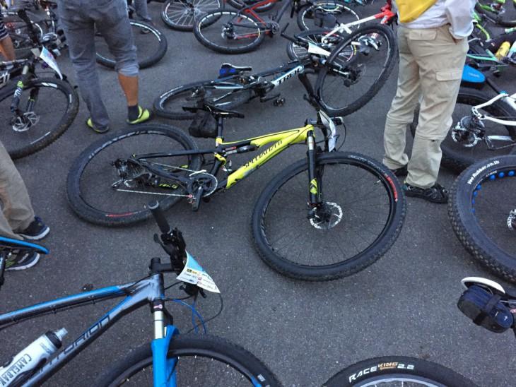 SDA王滝100kmでアスファルト区間にバイクを置いたのは初めて